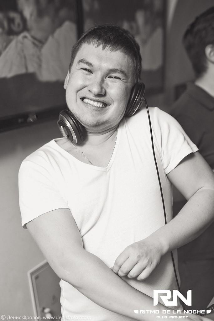 vani kolani (ex. DJ NEONILIN)