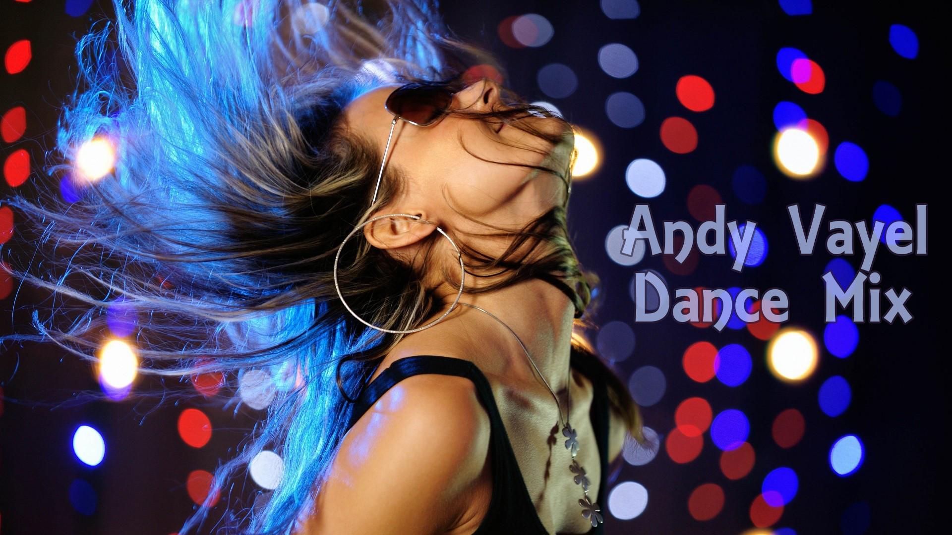 Тёлки танцуют ночном клубе 10 фотография