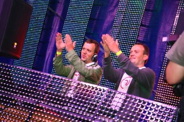 Petrof DJs/VJs