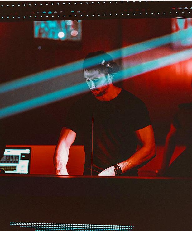 07 DJ YOZH - Oblaka jule'18