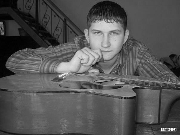 Андрей кириленко семья фото ресниц