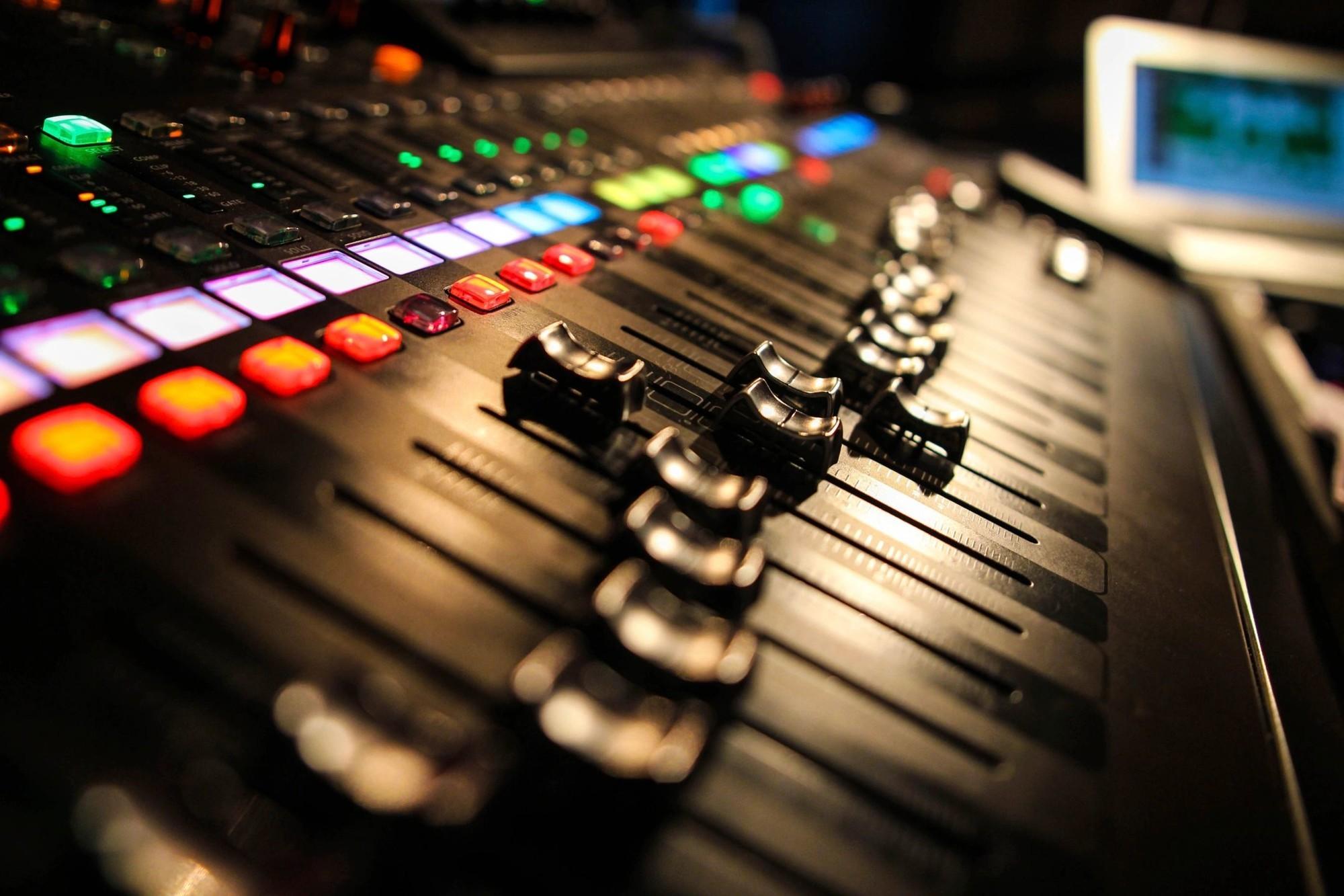 Видео картинки музыкой, игрушка надписью пожеланий